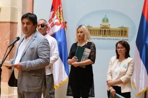 Zbog koga Marijan Rističević obara zakon? Tražimo njegovu ostavku!