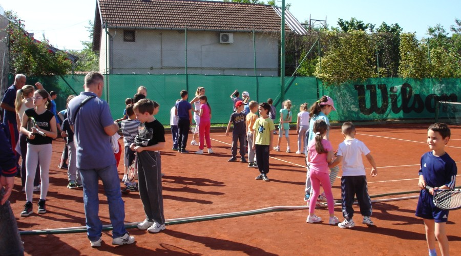 kola tenisa u Novom Sadu - ZS 03