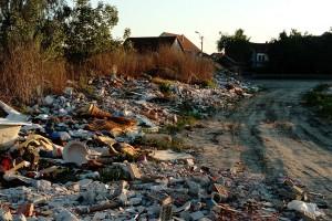 Naslovna - deponija u Borči