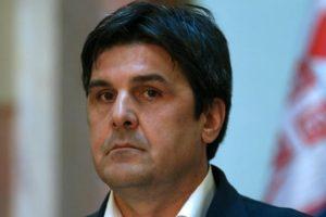 Stefanović da garantuje bezbednost aktivisti Ostojiću